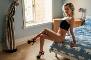 Flavye outcall escort in Roanoke