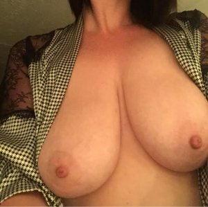 Feliciane escort girls in Winston-Salem NC